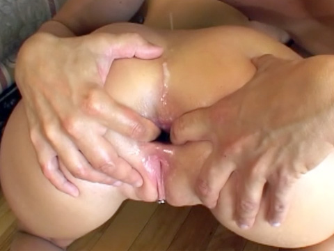 Make that ass gape and let the cum trickle in!